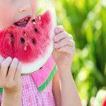 ¿Cómo deben alimentarse los más pequeños?